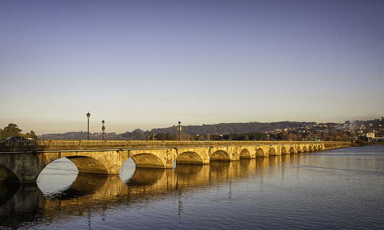 Puente piedra Pontedeume